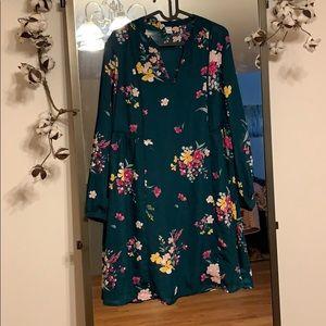Women's green floral dress, size M